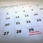 Өгөгдсөн он 365 хоногтой юу? эсвэл 366 хоногтой юу?